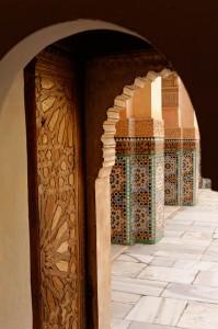 Détail de porte dans la Medersa Ben Youssef