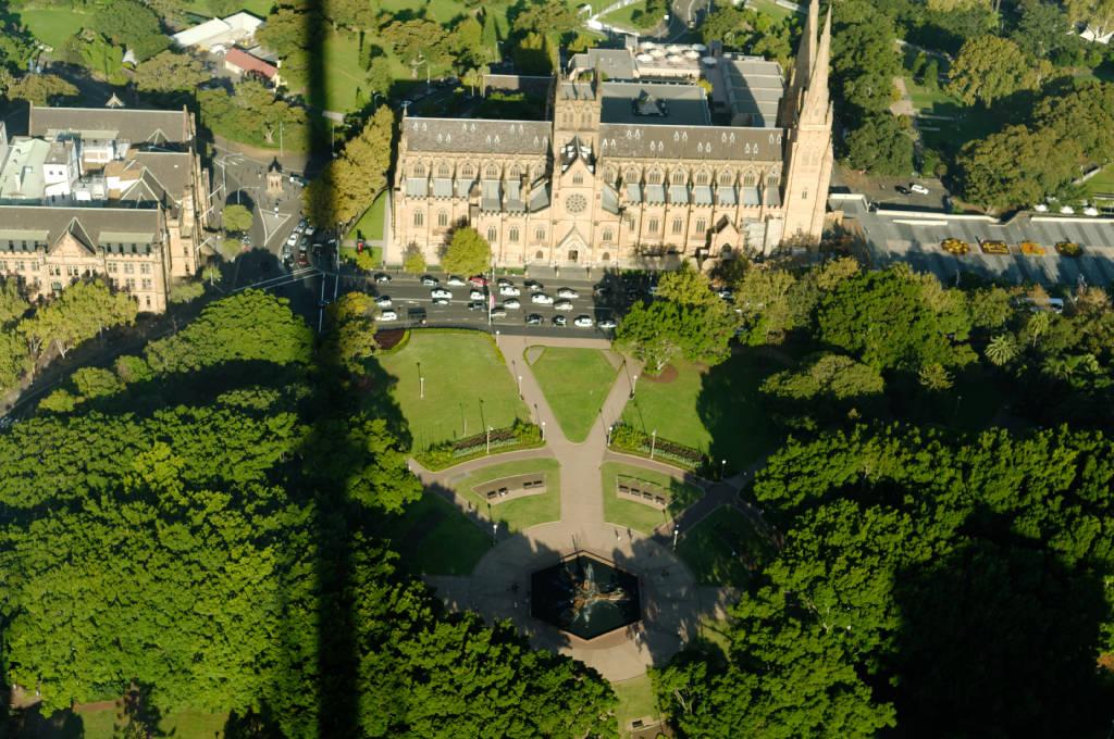 Fontaine du Minotaure et Hyde Park depuis la Sydney Tower