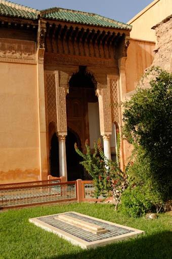Tombe et accès à la chambre funéraire des tombeaux saadiens