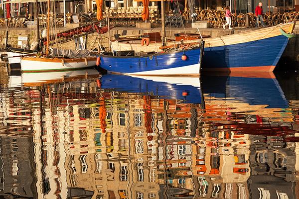 Honfleur, reflets dans le Vieux Bassin