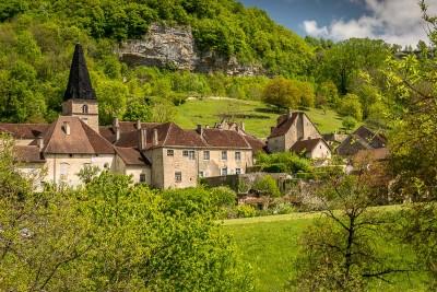 Baume-les-Messieurs : un des plus beaux village de France