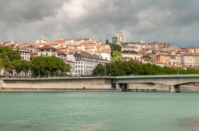 Balade sur les berges du Rhône à Lyon