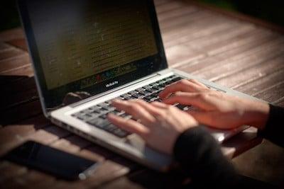 téléphoner pas cher depuis l'étranger : utiliser le wifi