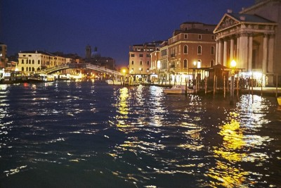 Venise by night en vaporetto