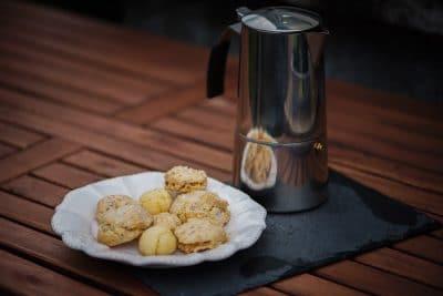 cuisine italienne : biscuits et café