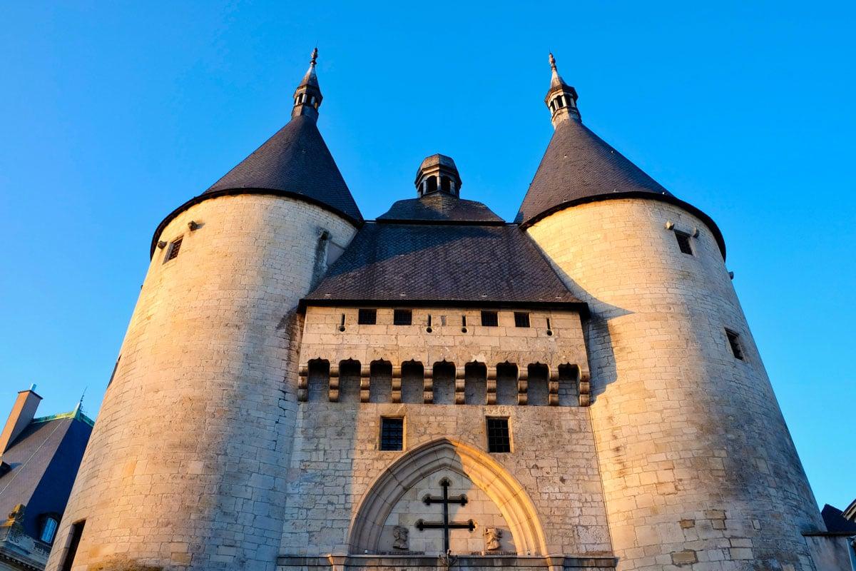 Porte de la Craffe dans la vieille ville de Nancy