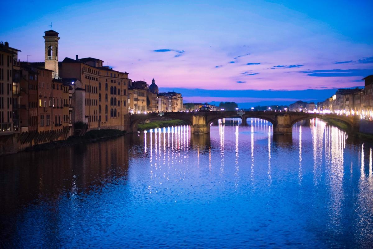 Coucher de soleil sur l'Arno à Florence