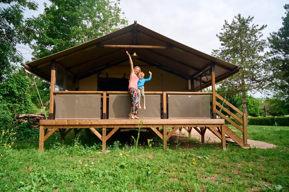 Camping en Franche-Comté : lodge à Villersexel